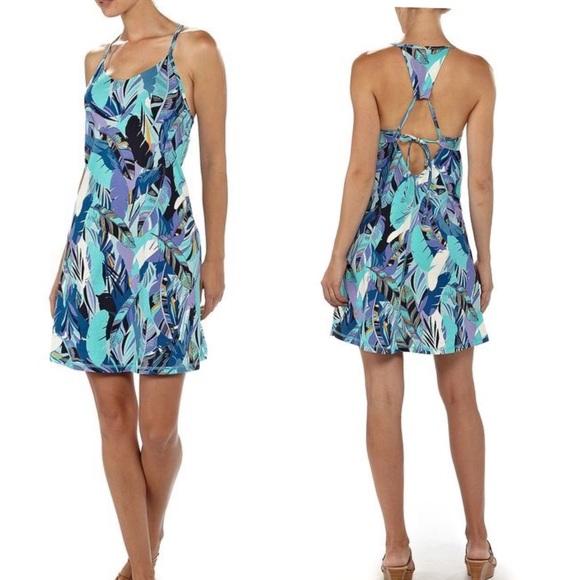 7dd596fd94145 Patagonia Edisto Floral Tie Back Mini Dress. M_5ae38a7e3800c5f5a72558f3